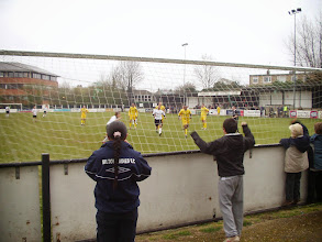 Photo: 24/03/07 v Havant & Waterlooville (Conference South) 3-0 - contributed by Mike Latham