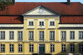 Photo: Im Jahre 1783 erbte Graf Fritz Reventlow das Gut Emkendorf bei Kiel und heiratete 1779 Julia Schimmelmann, Tochter des seinerzeit wohlhabensten Mannes im ganzen Lande, Graf Schimmelmann.