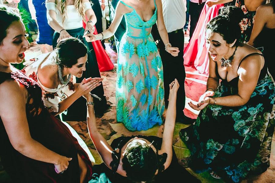 Wedding photographer Valery Garnica (focusmilebodas2). Photo of 24.09.2018