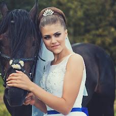 Wedding photographer Polina Golovnina (Polinagolovnina). Photo of 01.07.2016