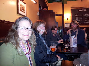 Photo: Marilyn Hall, The Beer Wench, Siobhan Desmond, Owen DeFrancesco and Oskar Blues' Tim Matthews sample the perfect cask ales at Manchester's wonderful City Arms pub.