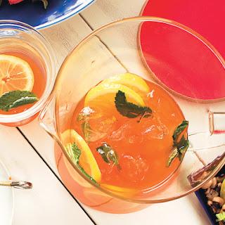 Sweet Tea with Vodka and Lemonade