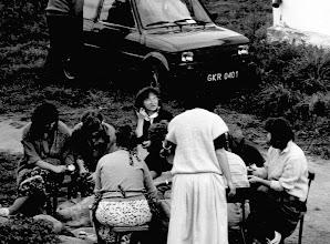 Photo: Lipie 1988 obieranie kartofli mały Fiat Krzysia