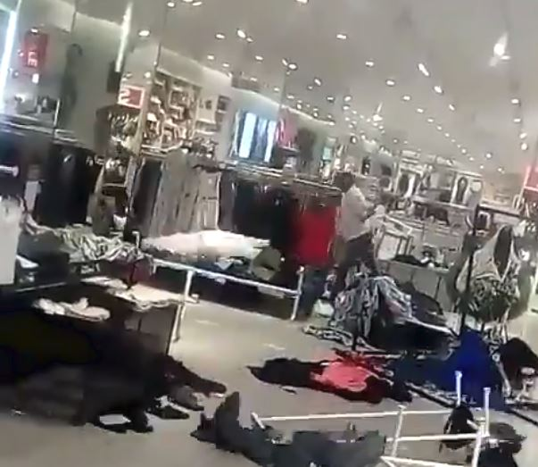 Protesters had broken the shop windows at an H&M branch at the Menlyn Park shopping centre in Tshwane' resulting in the entire floor at the centre being shut down.
