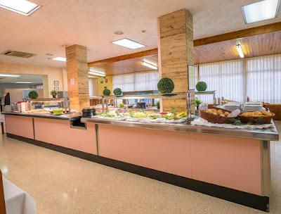 FOOD & DRINKS - Restaurant