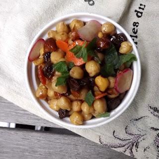 Cinnamon-Spiced Chickpea Salad