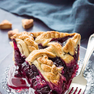 Blueberry Pie With Coconut Oil Crust (Vegan).