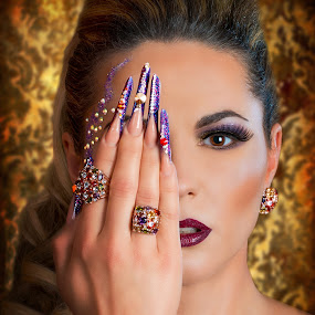 Look by Bartas Mi - People Portraits of Women ( look, eyelashes, makeup, woman, beautiful, background, rings, nails, eye,  )