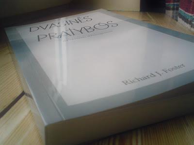 Knyga. Richard Foster. Dvasinės pratybos gyvenimo džiaugsmui