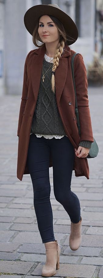 Chic and bohemian fall look with olive knitted sweater, hat and brown coat for Warm Spring women