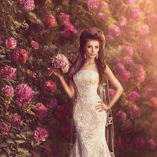 Wedding photographer Viktor Ageev (viktor). Photo of 30.08.2014