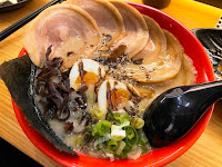 拉麺酒場 博多豚箱 butabako