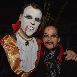 Dracula by Marco Bertamé - Public Holidays Halloween ( scary, two, red, pair, woman, face paint, dracula, dia de los muertes, blood, man, halloween )
