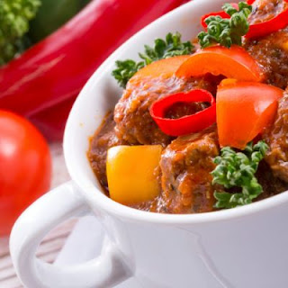 Hungarian Beef Stew with Fresh Bell Peppers.