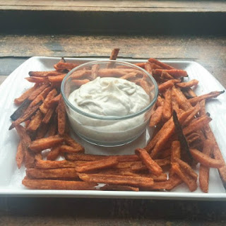 Spicy Sweet Potato Fries With Greek Yogurt Dip
