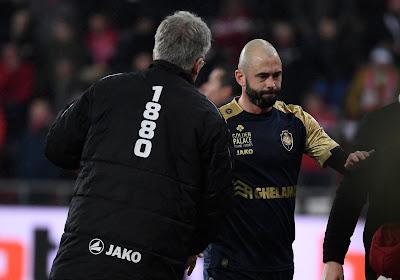 """Steven Defour gaat voor een nieuw contract bij Antwerp en doet een boekje open over de trainingsarbeid: """"Er zijn er altijd die bij het lopen 'vergeten' hun gps aan te doen"""""""