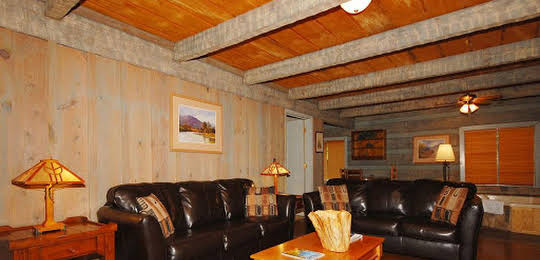 The Smokehouse Lodge and Cabins