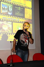 """Photo: The EEE 2008 in Mira, Italy (Photo by AIPC). Siggi Hartmeyer at his video-lecture """"Triple E meets Triphyophyllum"""". This film can be seen on YouTube:http://www.youtube.com/watch?v=v3-MhutWehA"""