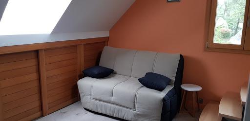 Chambre à l'escalier