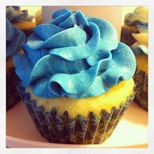 Photo: Cupcakes #intercer #cake #cupcake #food #sweet #sugar #blue #sweets #cream #glutenfree #icing - via Instagram, http://ift.tt/QwKiw4