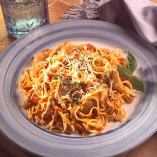 Easy Linguine with Creamy Tomato Sauce.