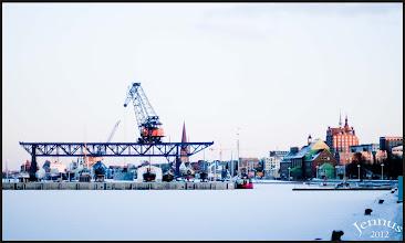 Photo: Der Stadthafen in Rostock ist zugefroren