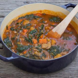 Mushroom and Kale Vegetable Soup Recipe (vegan).