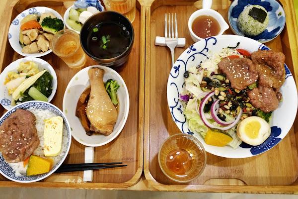 WUHO 武褐家傳手打排骨~文青質感排骨飯 外帶便當、內用簡餐 菜色豐富