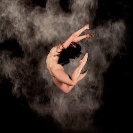 by DM Photograpic - Nudes & Boudoir Artistic Nude