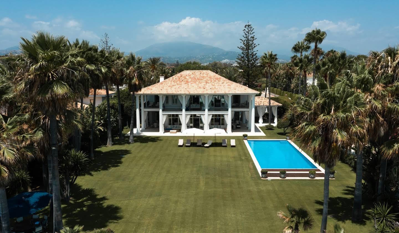 Maison avec piscine et terrasse Atalaya Isdabe