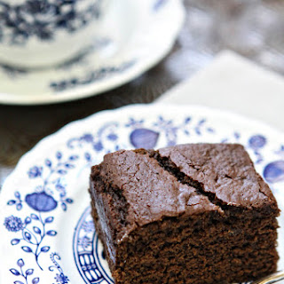 Easy Chocolate Gingerbread Cake