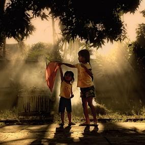 Love Sister by Lalu Agus Suhardiman - Babies & Children Children Candids