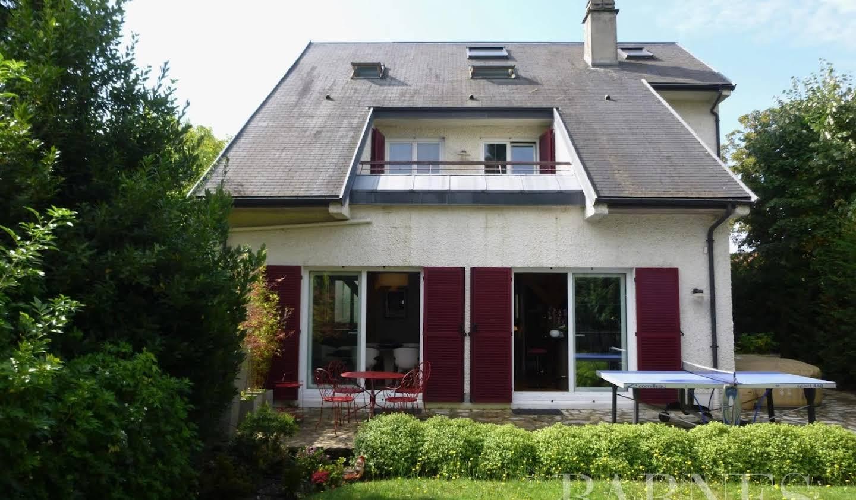 Maison avec terrasse Le Plessis-Bouchard