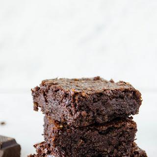 Rich Dark Chocolate Brownies (Gluten Free, Vegan, Refined Sugar Free)