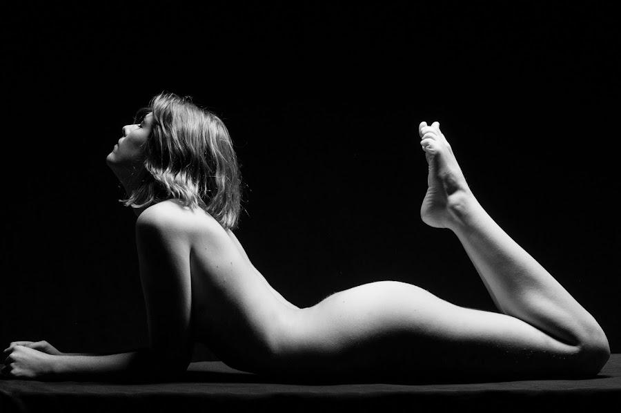 Kelly Lynne 2 by Vincent Pontarelli - Uncategorized All Uncategorized