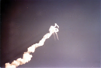 Photo: Space Shuttle Challenger breaks apart and contrails follow the pieces as the SRBs burn wildly. Even 25 years after the fact, I find it hard to look at these pictures.