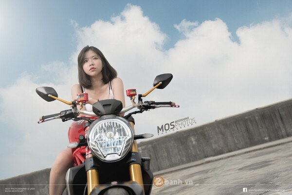 Ducati Monster 1200S độ chất lừ bên cạnh cô nàng cá tính 2