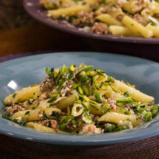 Penne with Ricotta, Prosciutto, Sausage and Peas.