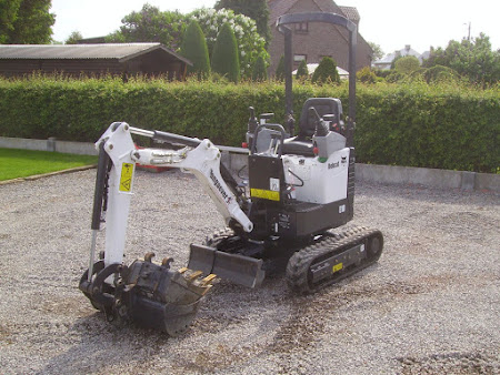 MINI-GRAAFMACHINE BOBCAT E10 1.2 TON