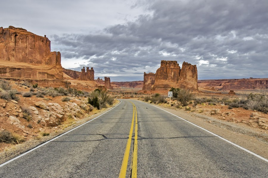 by Caitlin Lisa - Landscapes Deserts