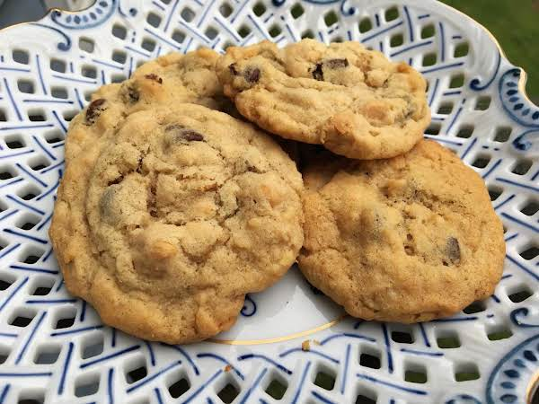 ~ Peanutty Chocolate Chip Oat Cookies ~ Recipe