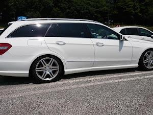 Eクラス ステーションワゴン  E250ブルーエフィジェンシーのカスタム事例画像 とーさま(チームローガン関東)さんの2018年07月24日12:57の投稿