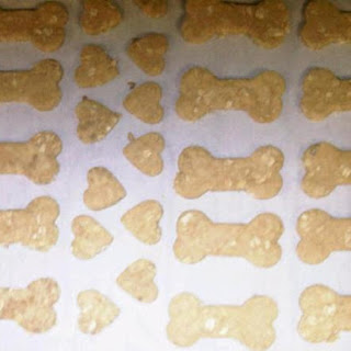 Peanut Butter, Honey, and Oat Dog Treats.