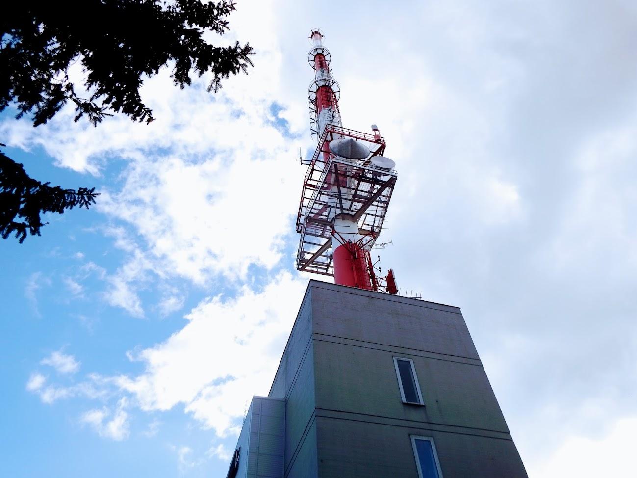 Rechnitz/Hirschenstein - TV-URH gerincadó állomása