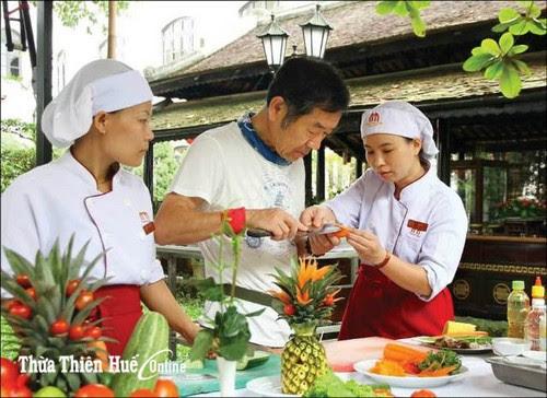 Du lịch Huế phát huy giá trị ẩm thực