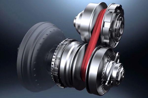 เกียร์ CVT จะทำงานผ่านชุดพลูเลย์ 2 ตัว ตัวที่หนึ่งต่อกับเครื่องยนต์ (DRIVE PULLEY) ตัวที่สองต่อกับเพลาขับ (DRIVEN PULLEY)