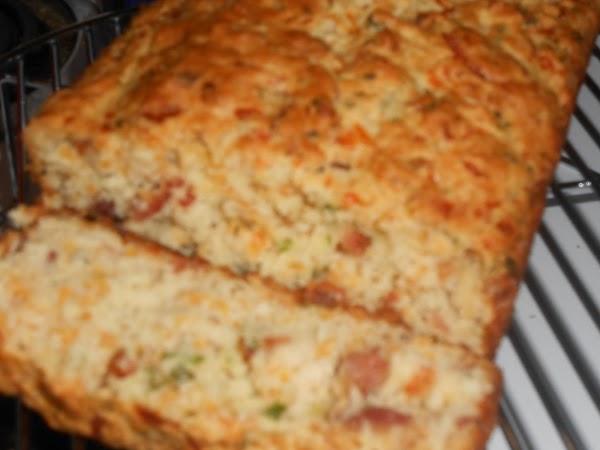 Buttermilk Cheddar-bacon Bread Recipe