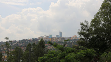 Photo: Kigalin kaupungin siluettia