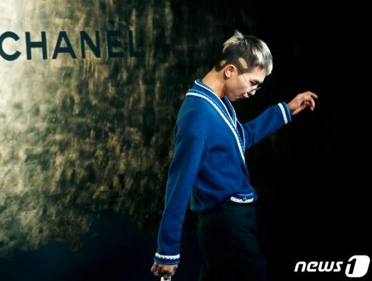 WINNER Song Mino at Chanel