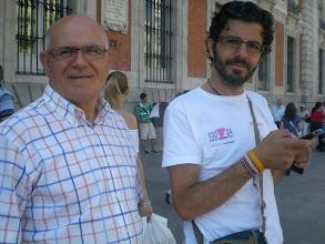 Photo: con pacomul en el Km 0 de las radiales de España
